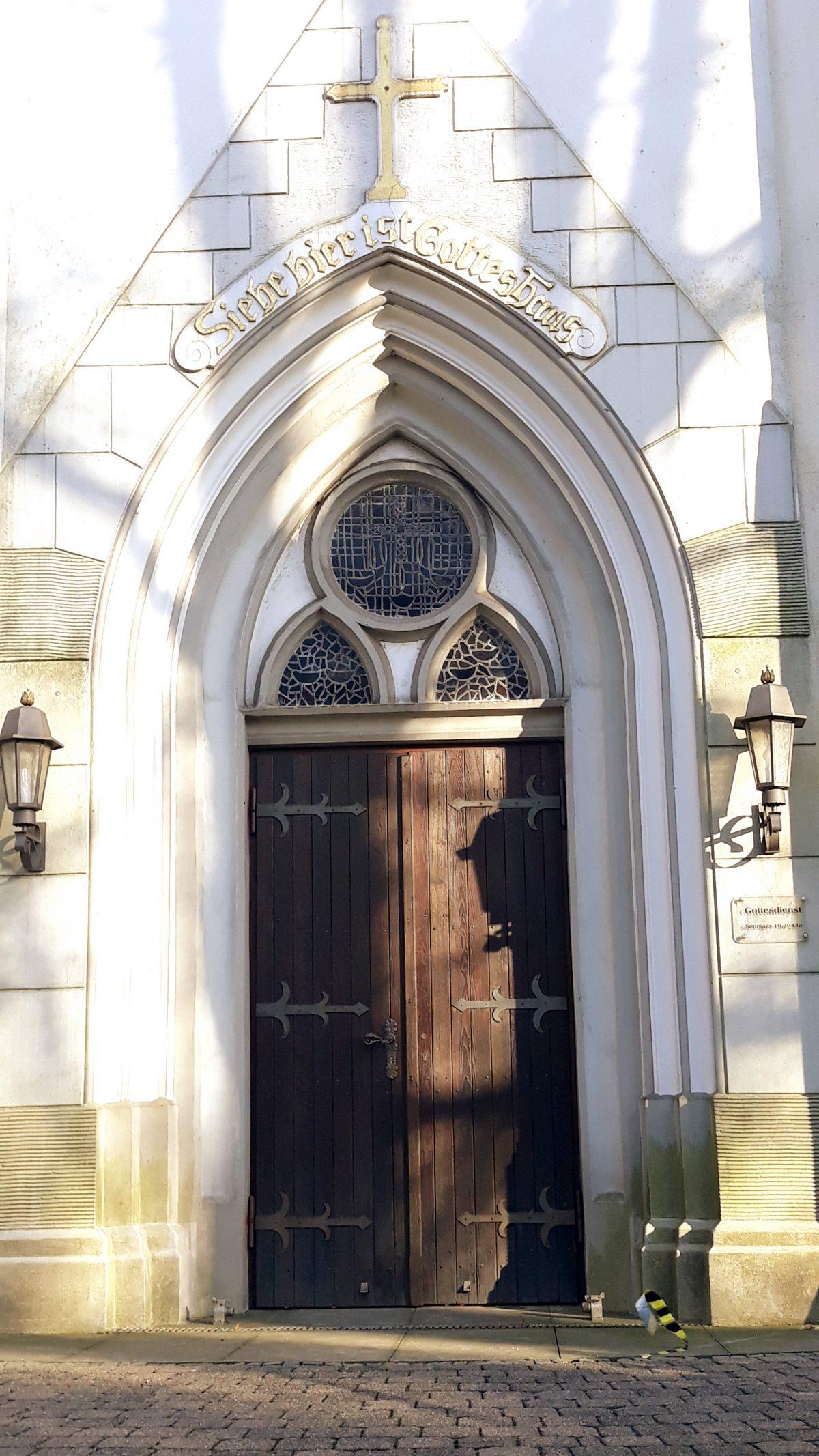 Kirchengemeinden läuten am Freitag stadtweit die Glocken und laden zur Andacht ein